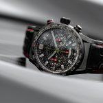 Die Uhr zur Aston Martin DBS Superleggera TAG-Heuer-Edition besitzt ein Heuer 02-Werk.