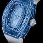 M it der Gemset Sapphire RM 07-02 ist es Richard Mille gelungen, Diamanten in Saphirglas zu setzen.