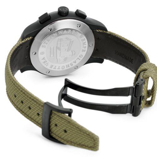 Der Stahlboden der Zeitmeister Chronographen Keramik von Wempe Glashütte trägt eine Gravur mit der Limitierung auf jeweils 50 Stück.